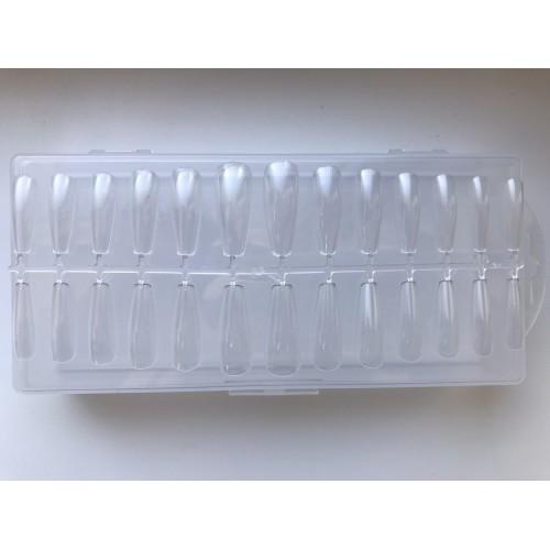 Типсы для ногтей в пластиковом контейнере прозрачные 240 штук